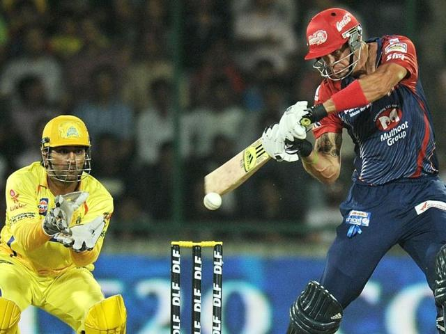 Delhi Daredevils batsman Kevin Pietersen plays a shot during the IPL Twenty20 cricket match against Chennai Super Kings at the Feroz Shah Kotla stadium in New Delhi. Photo/Manan Vatsyayana
