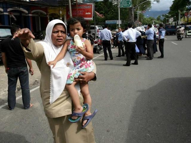 Indonesia,Curfew against women,Sharia law