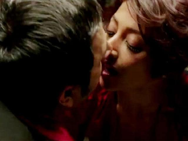 Director-Vivek-Agnihotri-claims-Hate-Story-is-India-s-first-erotic-film