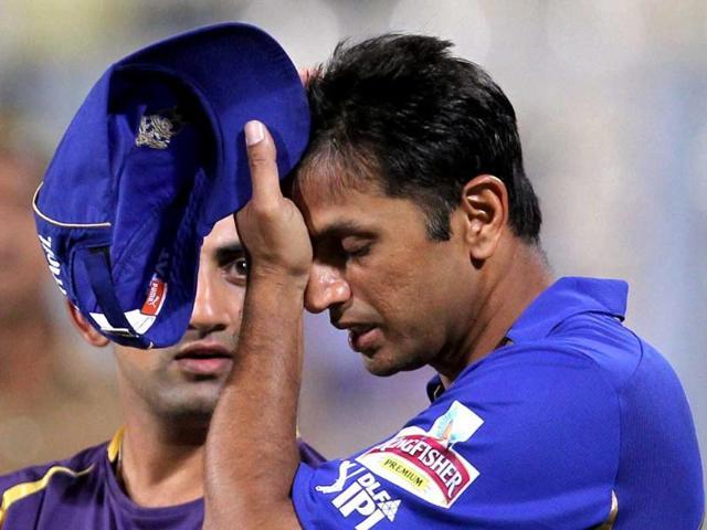 Rajasthan-Royals-captain-Rahul-Dravid-disappointed-as-winning-KKR-s-captain-Gautam-Gambhir-looks-on-after-their-IPL-5-match-in-Kolkata-PTI-Photo-by-Swapan-Mahapatra