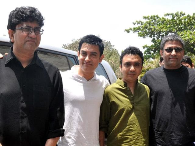 Aamir Khan and music director Ram Sampath of Delhi Belly fame have created roughly 16 songs to go with each of the episodes.