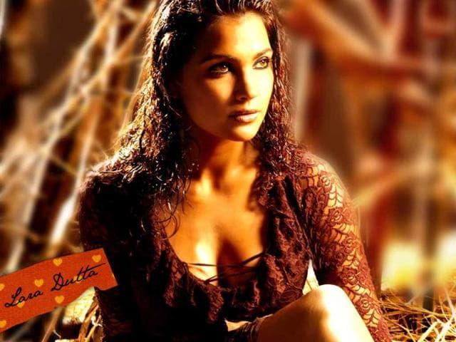 Lara-Dutta-s-Chalo-Dilli-opposite-Vinay-Pathak-was-also-appreciated