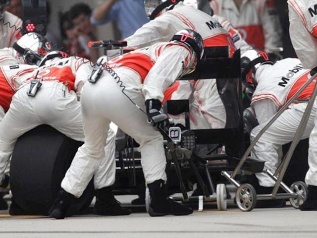 An-error-by-the-McLaren-pit-crew-during-Jenson-Button-s-third-and-final-tyre-stop-was-crucial-in-deciding-the-outcome-of-the-Chinese-Grand-Prix-Getty-Images