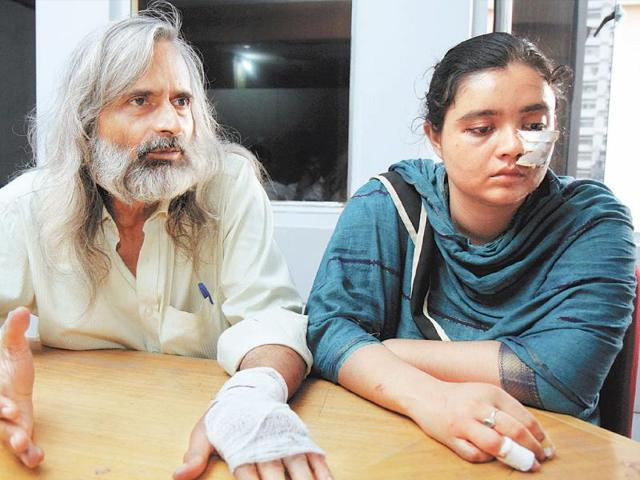 Dr-Aparesh-Bhattacharya-60-and-his-30-year-old-daughter-Aditi-Aparesh-was-thrashed-and-Aditi-was-stripped-and-beaten-allegedly-by-members-of-a-club-at-Baruipur-HT-Photos