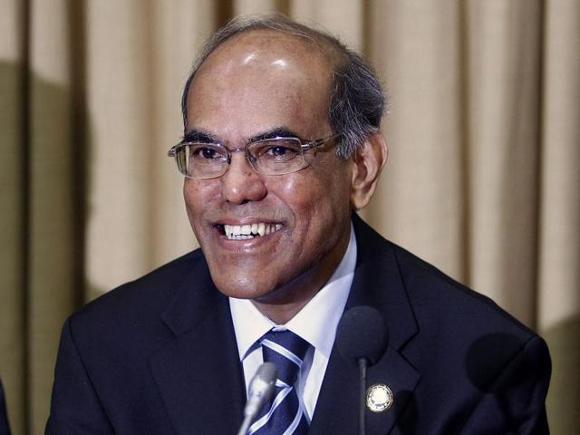 RBI-Governor-Duvvuri-Subbarao-smiles-during-a-meeting-with-bankers-at-the-head-office-in-Mumbai-AP-Photo-Rafiq-Maqbool