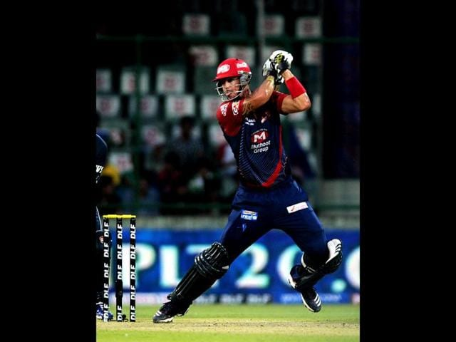 Deccan-Chargers-batsman-Kumar-Sangakkara-plays-a-shot-during-the-IPL-Twenty20-cricket-match-between-Deccan-Chargers-and-Delhi-Daredevils-at-The-Feroz-Shah-Kotla-stadium-in-New-Delhi-AFP-PHOTO-MANAN-VATSYAYANA
