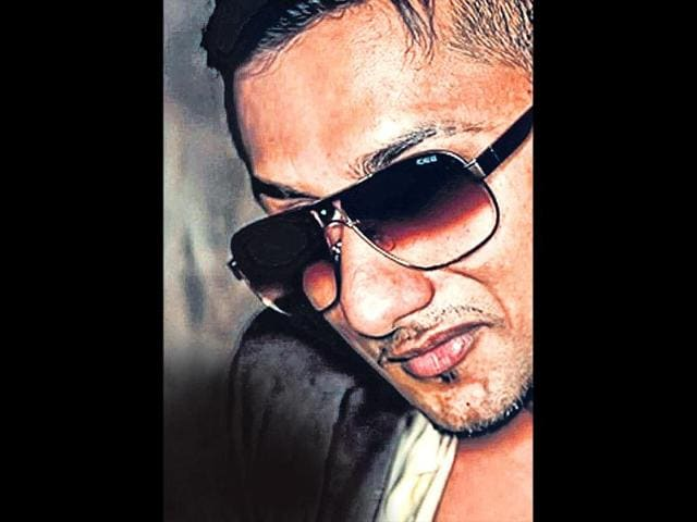As NGO seeks another FIR, Honey Singh disowns explicit songs