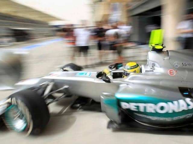 Nico-Rosberg-is-aiming-to-secure-two-consecutive-pole-positions-during-qualifying-for-the-Bahrain-GP-Reuters-Photo