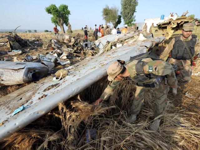 news,hindustantimes,pakistan air crash