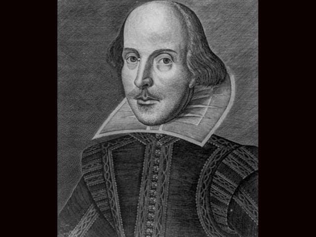 FLASHMOB-Shakespeare-fans-take-to-streets