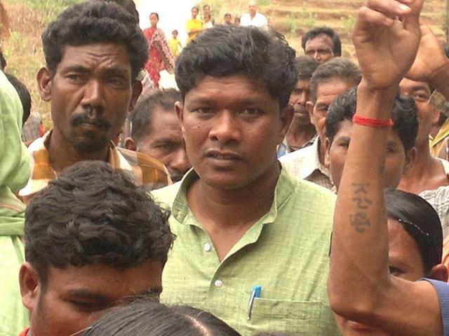 BJD-MLA-from-Laxmipur-and-now-Koraput-Lok-Sabha-contestant-Jhina-Hikaka-minutes-after-his-release-from-33-days-of-Maoist-captivity-on-April-26-2012-HT-file-photo-Priya-Ranjan-Sahu