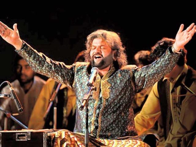 Sufi-singer-Hans-Raj-Hans