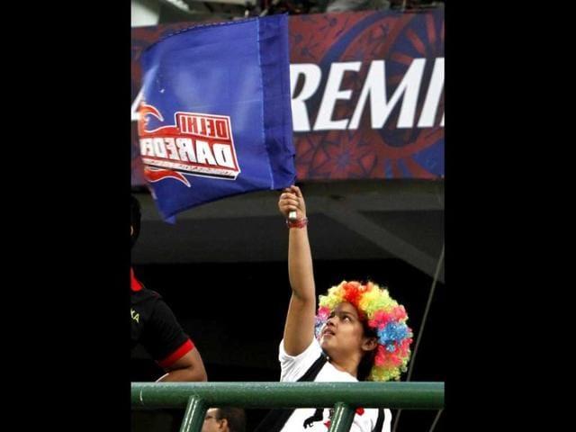 Mumbai-Indians-batsman-Sachin-Tendulkar-walks-back-to-the-pavillion-after-losing-his-wicket-against-Delhi-Daredevils-during-their-IPL-match-at-Ferozshah-Kotla-ground-in-New-Delhi-HT-Photo-Mohd-Zakir