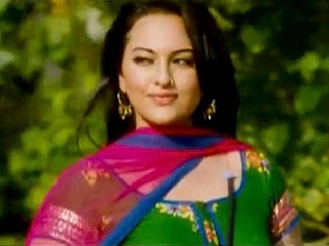 Katrina Kaif,Sonakshi Sinha,Dabangg