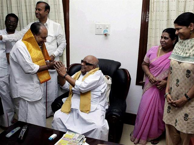 Defence-minister-AK-Antony-with-DMK-chief-M-Karunanidhi-and-his-family-during-a-meeting-in-Chennai-PTI-Photo
