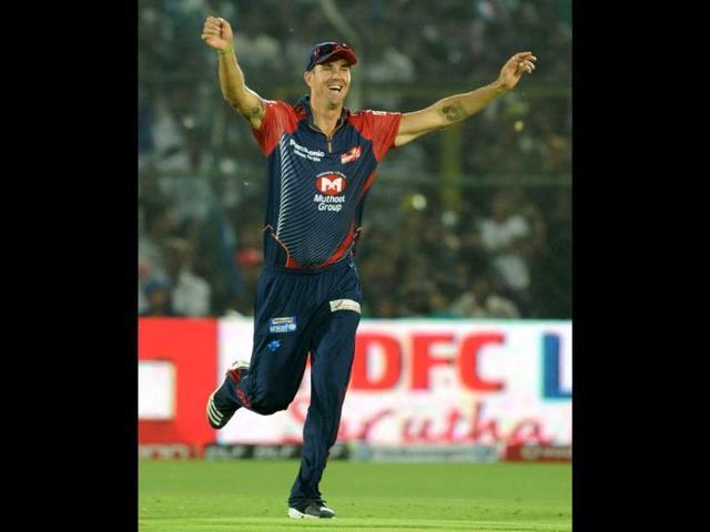 Kevin Pietersen,England batsman,Mahendra Singh Dhoni