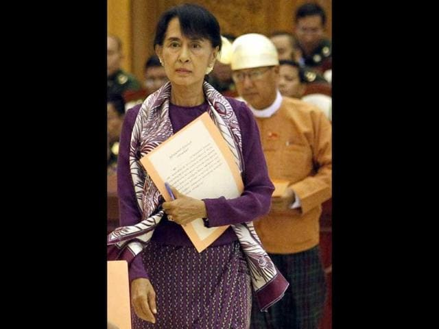 Pramit Pal Chaudhuri,Aung San Suu Kyi,Mahatma Gandhi