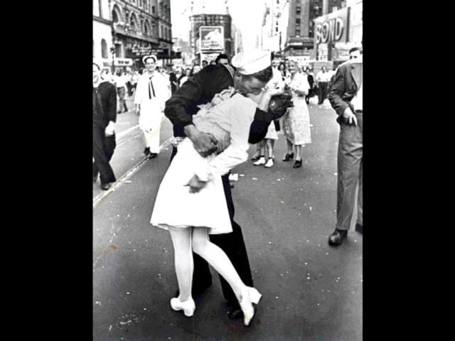 The-Kissing-Sailor-Times-Square-14-August-1945-VJ-Day-C-Copyright-2000-2005-Getty-Images-Inc