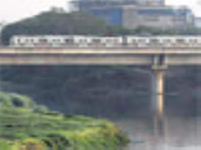 Yamuna poison leaves Metro hot and gasping,Subhendu Ray,New Delhi
