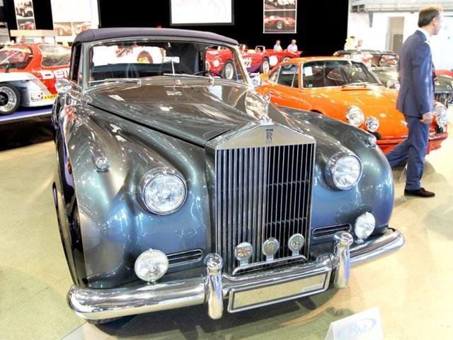 Iconic Rolls-Royce under UK bribery scanner