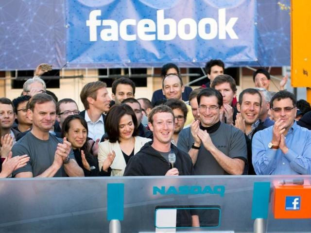 Mark-Zuckerberg-rings-the-opening-bell-of-the-Nasdaq-stock-market-from-Facebook-headquarters-in-California-AP-Photo