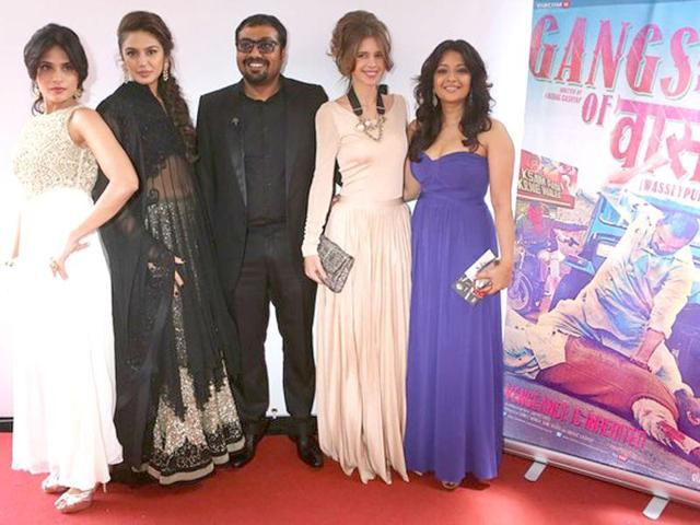 Actors-Huma-Quereshi-Richa-Chadda-Reema-Sen-and-music-director-Sneha-Khanwalkar-joined-Kashyap-and-the-male-leads-Manoj-Bajpayee-and-Nawazuddin-Siddiqui-on-the-red-carpet