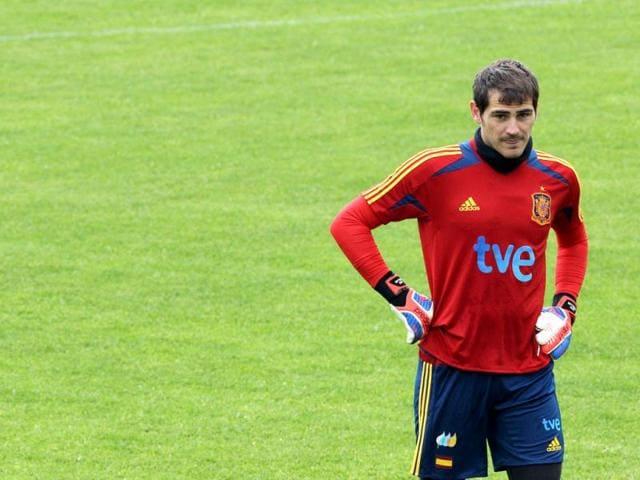 Iker Casillas wary of Barcelona backlash