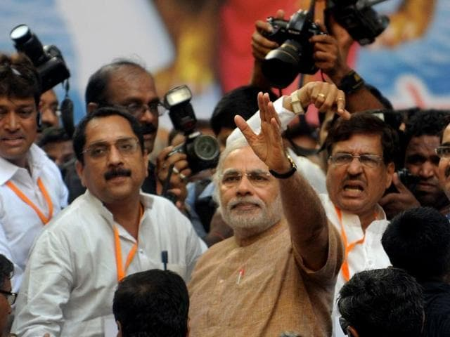 Senior-BJP-leader-LK-Advani-with-Nitin-Gadkari-Sushma-Swaraj-and-Arun-Jaitley-lights-the-lamp-during-the-inauguration-of-the-party-s-National-Executive-Meeting-in-Mumbai-PTI-Mitesh-Bhuvad
