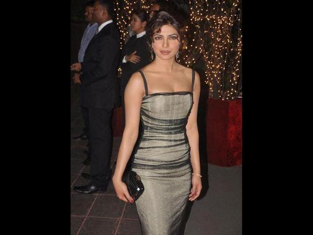 Karan Johar,Priyanka Chopra,Twitter