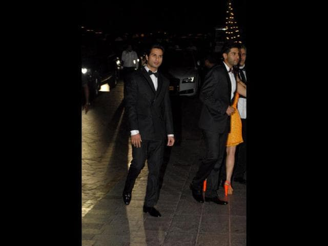 Shahid-Kapoor-looks-dapper-in-black-suit-HT-Prodip-Guha