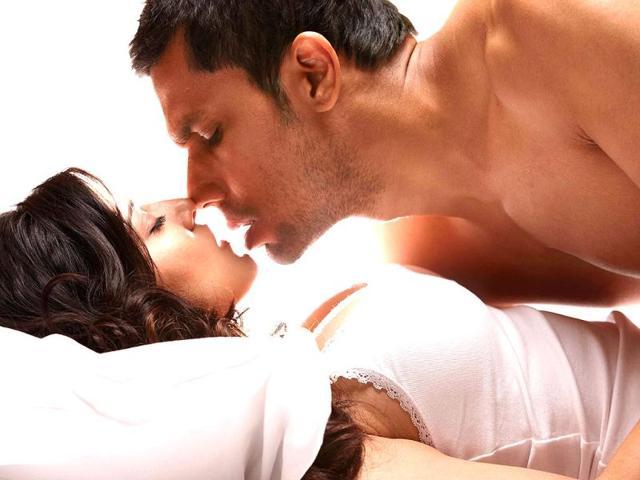 Don't need to prepare for sex scenes: Randeep Hooda