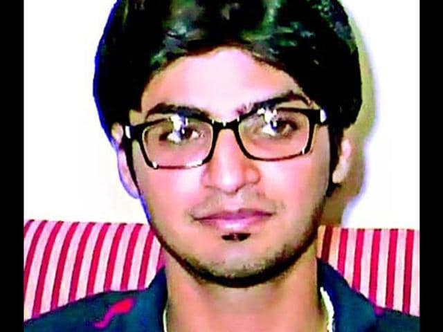 Swapnil-Jain-a-computer-science-graduate-from-IIT-Delhi-has-struck-it-rich-with-his-very-first-job-a-sweet-deal-of-Rs-70-lakh-per-annum-with-Twitter