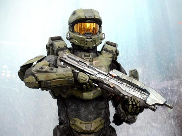 A-character-from-the-video-game-HALO-4-poses-for-photographs-during-the-E3-gaming-conference-in-Los-Angeles-California-Kevork-Djansezian-Getty-Images-AFP