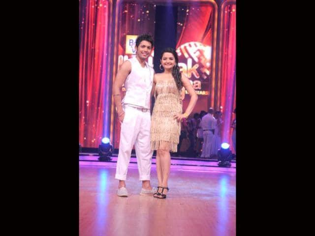Giaa-Manek-with-choreographer-Nishant-Bhat