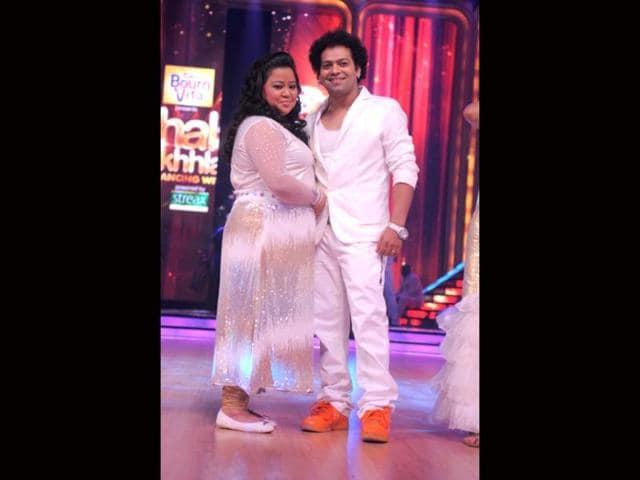 Bharti-Singh-with-choreographer-Savio-Barnes