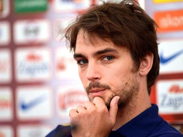 Croatia-s-national-football-team-midfielder-Niko-Kranjcar-R-gestures-during-a-press-conference-with-headcoach-Slaven-Bilic-L-and-midfielder-Luka-Modric-in-Warka-AFP-Dimitar-Dilkoff