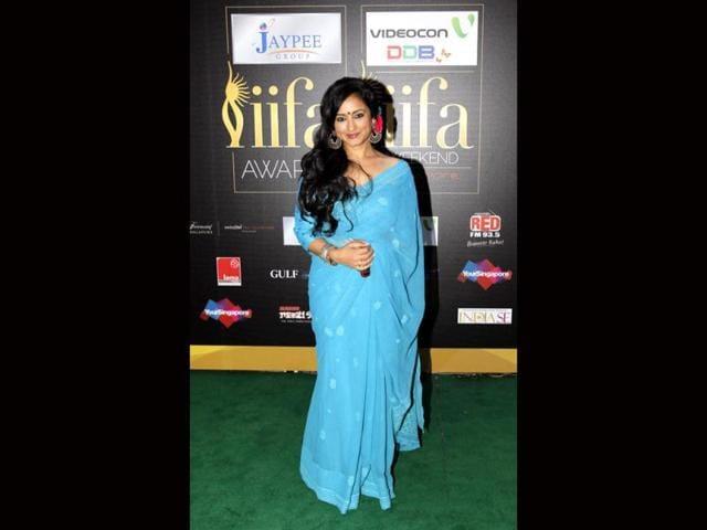 Divya-Dutta-in-a-light-blue-sari-at-IIFA-awards