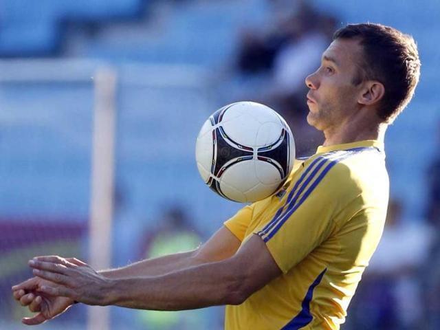 Ukraine-s-Andriy-Shevchenko-controls-the-ball-during-a-training-session-at-Dynamo-stadium-during-the-Euro-2012-soccer-championship-in-Kiev-Ukraine-AP-Photo-Efrem-Lukatsky