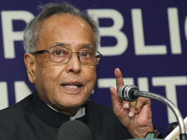 finance minister,Pranab Mukherjee,oil marketing companices