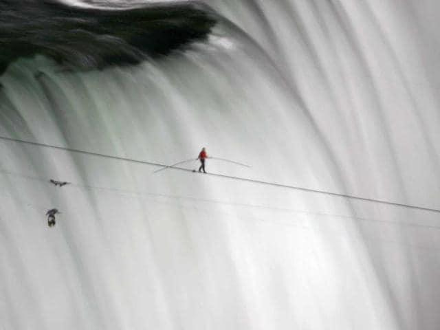 Niagara Falls,Nik Wallenda,acrobat