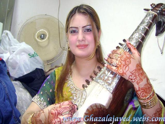 Ghazala-Javed-24-was-shot-six-times-by-gunmen-as-she-left-a-beauty-salon-Image-credit-www-ghazalajaved-webs-com