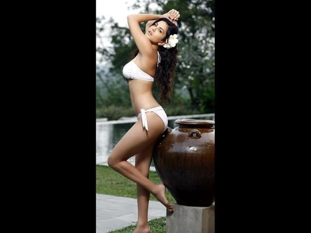 Mallika Sherawat,Sunny Leone,uniting
