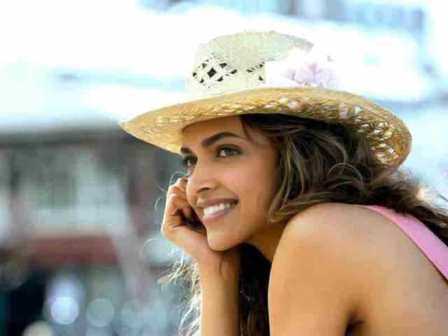 Deepika Padukone plans holiday with family