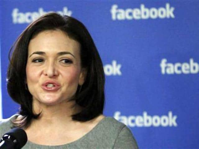 Facebook-s-Chief-Operating-Officer-COO-Sheryl-Sandberg-speaks-to-the-media-during-a-news-conference-at-the-Facebook-office-in-New-York-December-2-2011-Credit-Reuters-Eduardo-Munoz