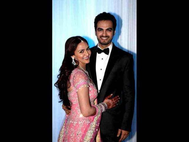 Esha-clad-in-a-pink-and-silver-lehenga-and-Takhtani-in-a-black-suit-managed-to-attract-ample-eyeballs