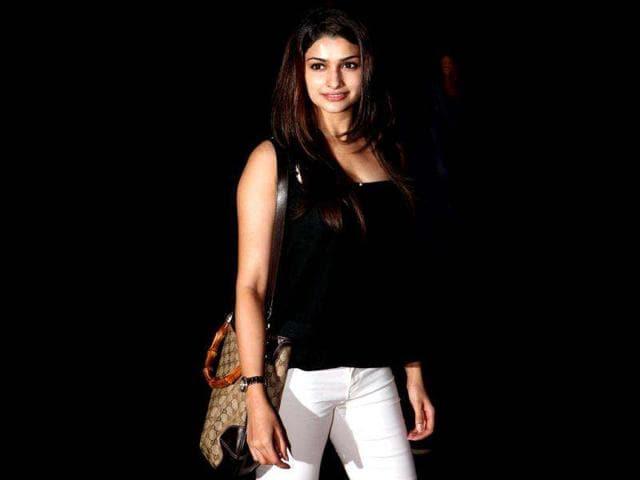 Celeb bio,Prachi Desai,Bollywood