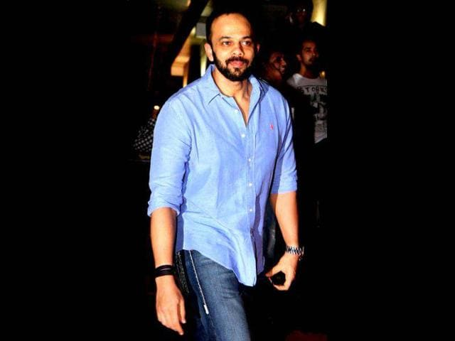 Rohit-Shetty-attends-a-special-screening-of-Bol-Bachchan-AFP