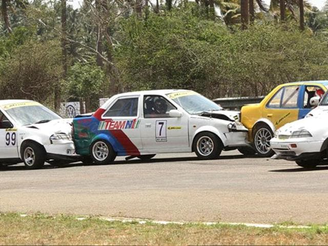 The-Indian-Touring-Car-ITC-championship-features-its-share-of-hairy-and-unpredictable-racing-as-was-seen-in-the-second-race-of-the-weekend-at-Coimbatore-on-Sunday-Photo-Credit-Anand-Philar