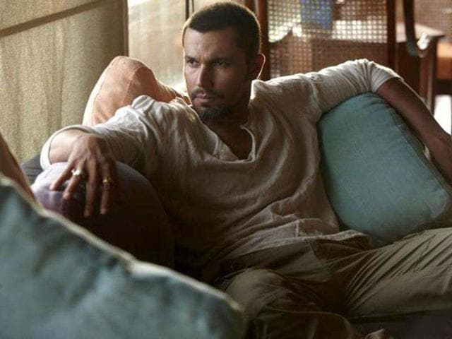 Randeep-Hooda-has-proved-his-mettle-in-films-like-D-Saheb-Biwi-Aur-Gangster-and-Once-Upon-A-Time-in-Mumbaai
