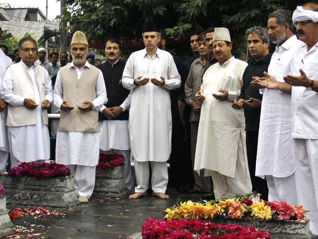 Kashmir,sarpanches,Omar Abdullah